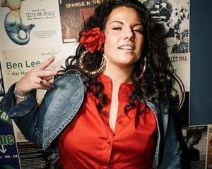 persia-white-rapper-show-300x300-2008-12-12